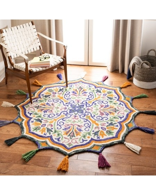 Safavieh Novelty Jefferson Colorful Floral Area Rug, Cream/Green, 4' X 4' Round