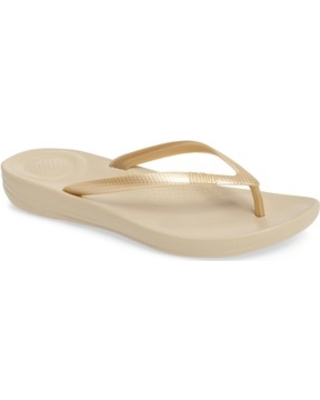 06b4ce466e9d1 Presidents Day Deals on Women s Fitflop Iqushion Flip Flop