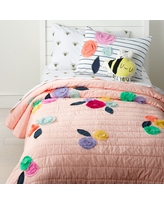 Bee's Knees Floral Applique Twin Quilt