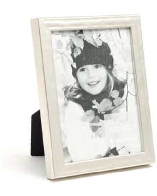 """Picture Frame Roma Moulding Color: Silver, Picture Size: 5"""" x 7"""""""