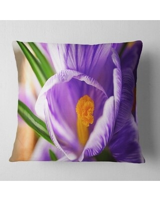 Designart 'Blooming Crocus Flower' Floral Throw Pillow (Square - 16 in. x 16 in. - Small)