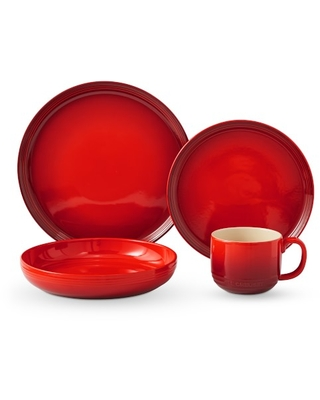 Le Creuset Coupe 16-Piece Dinnerware Set with Pasta Bowl, Cherry