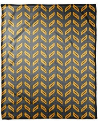 George Oliver Sammy Tire Track Pattern Throw CJ293112 Color: Yellow