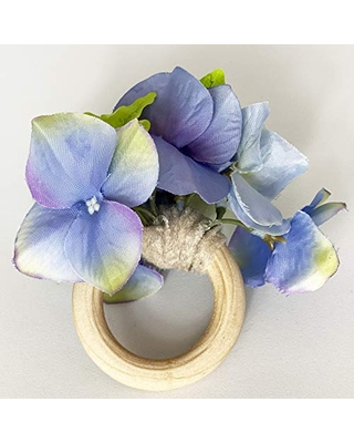 Purple flower napkin ring. set of 4. This rustic napkin ring set is great to decor your elegant table. Handmade rustic napkin rings come in a set of 4