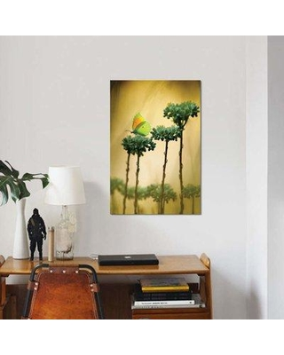 """East Urban Home 'Cleopatra' Graphic Art Print on Canvas EBHU5967 Size: 26"""" H x 18"""" W x 1.5"""" D"""