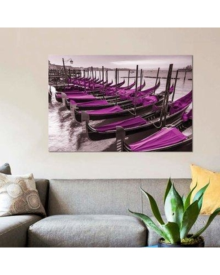 """East Urban Home 'Venice VII' Graphic Art Print on Canvas EBHU7569 Size: 8"""" H x 12"""" W x 0.75"""" D"""