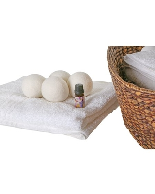 Woolite 4 Pack Wool Dryer Balls and Fresh Linen Essential Oil Kit