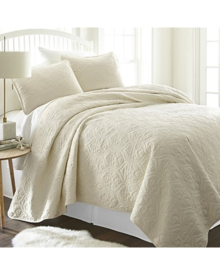Linen Market Patterned Quilted Coverlet Set, King/California King, Ivory