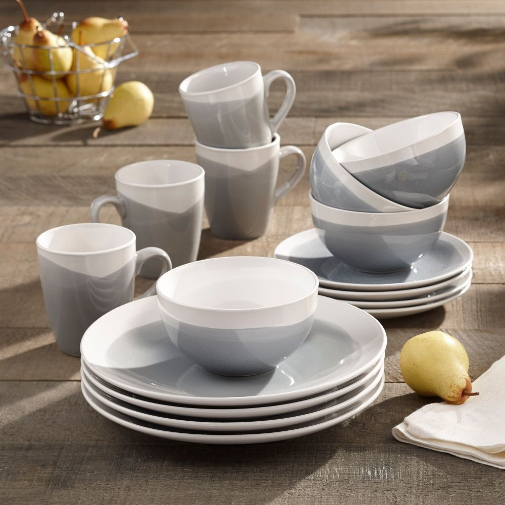 BH&G Dinnerware Set