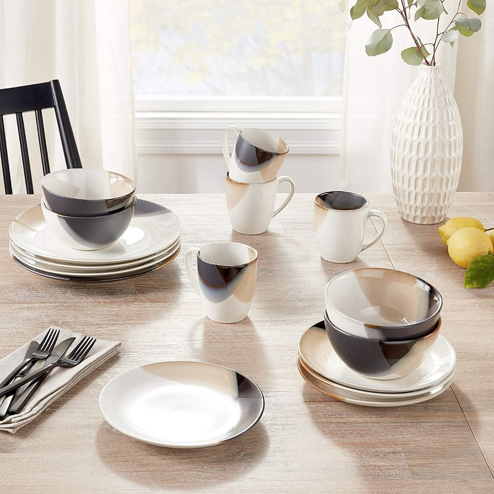 Dinnerware Set