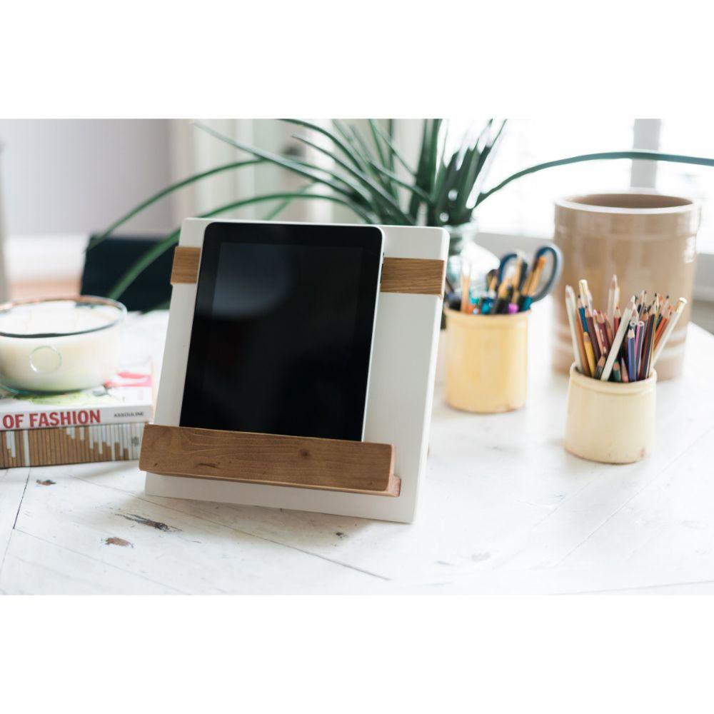 iPad / Cookbook Holder