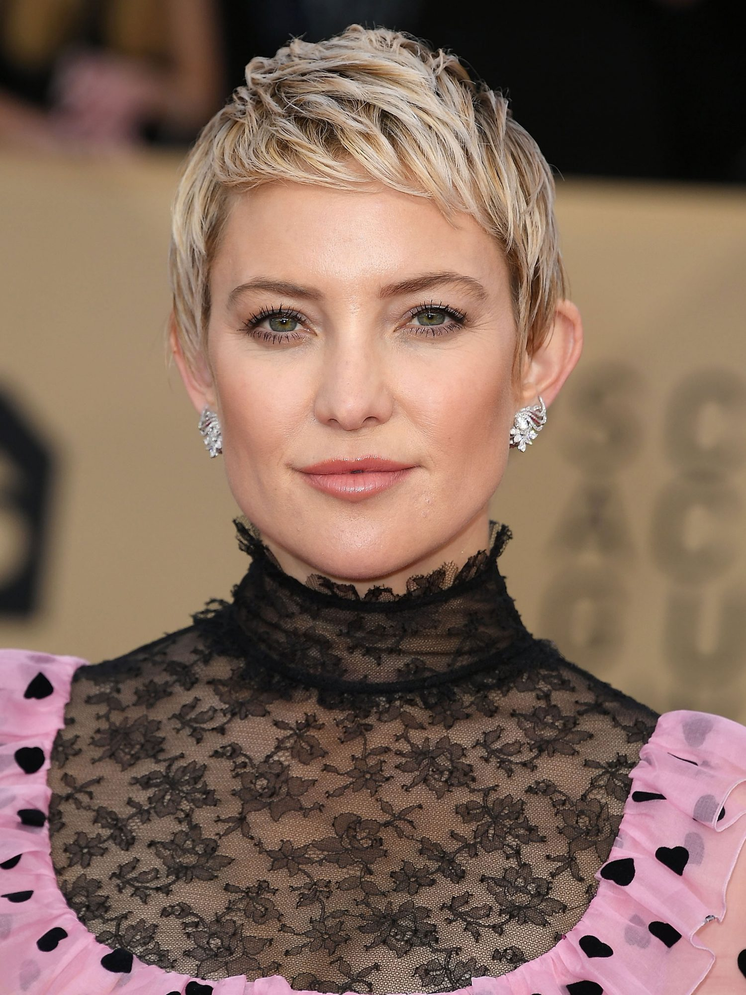Hairstyles for Women Over 40 to Try in 2021