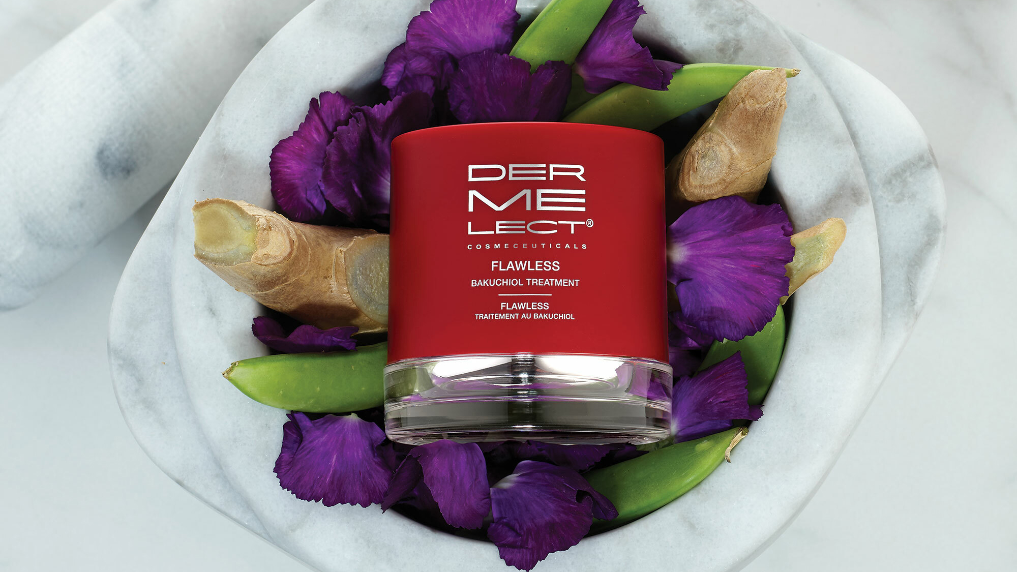 """The People Have Spoken: This Retinol-Alternative Cream Leaves Skin as Smooth as """"Cashmere"""""""