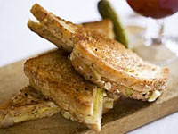 low-cal-grill-cheese-200x150.jpg