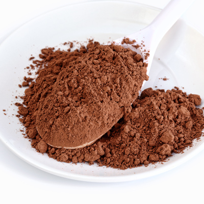 cocoa-powder-spoon