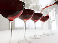 false-red-wine-benefits-200x150.jpg