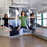 anti-gravity-yoga200x200.jpg
