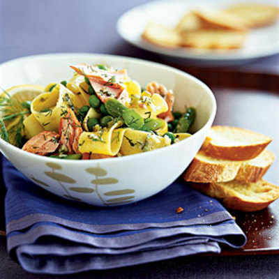 pappardelle-with-asparagus-and-salmon