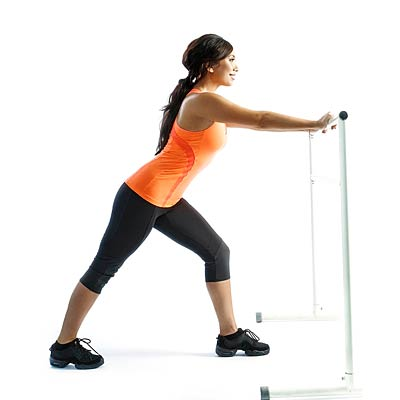 Staggered-leg wall squat