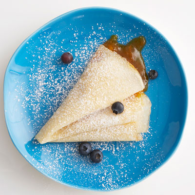 Crepe with apricot jam