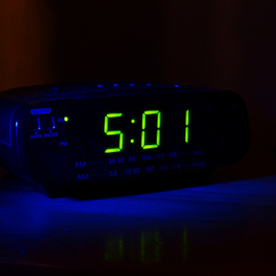 dark-alarm-clock