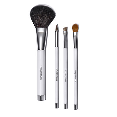 What makeup brushes do I really need?