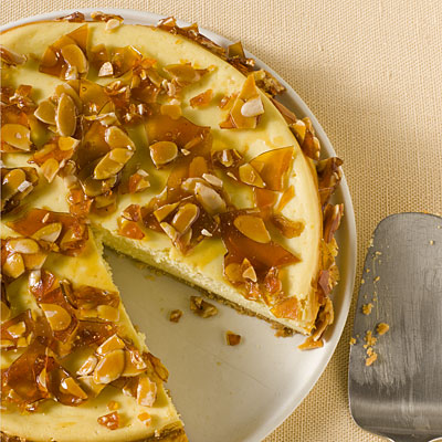 amaretto-cheescake-almond