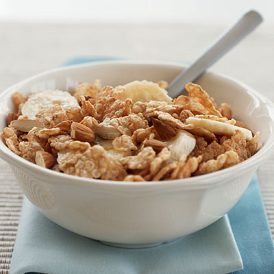 almond-cereal-healthy