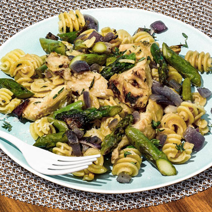 Roasted Garlic, Artichoke, and Asparagus Pasta