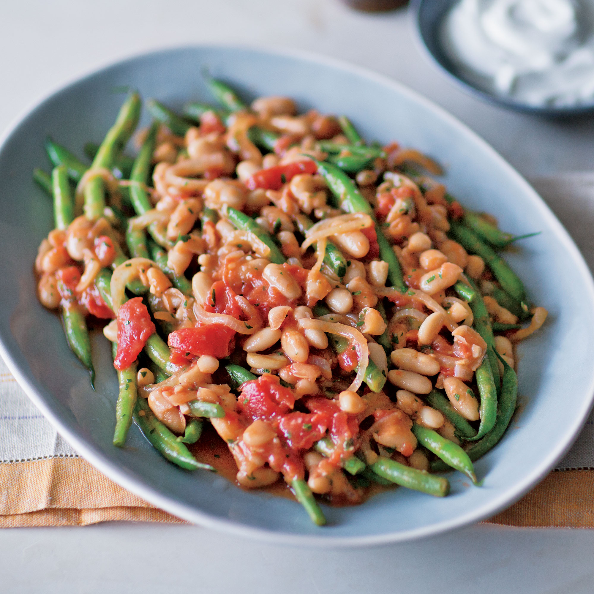 Mediterranean Braised Green and White Beans