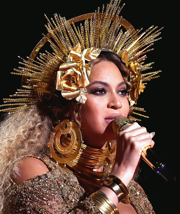 The $16 Eyeshadow Palette Beyoncé Wore to the Grammys