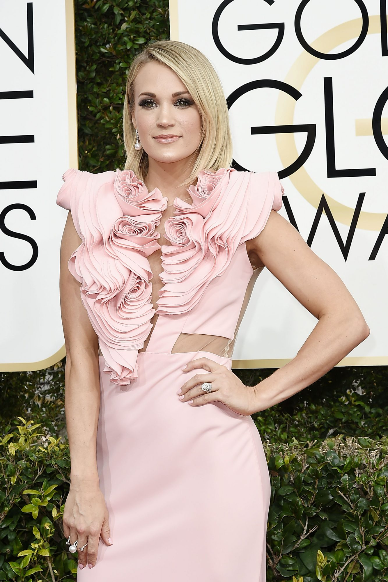 carrie-underwood-golden-globes