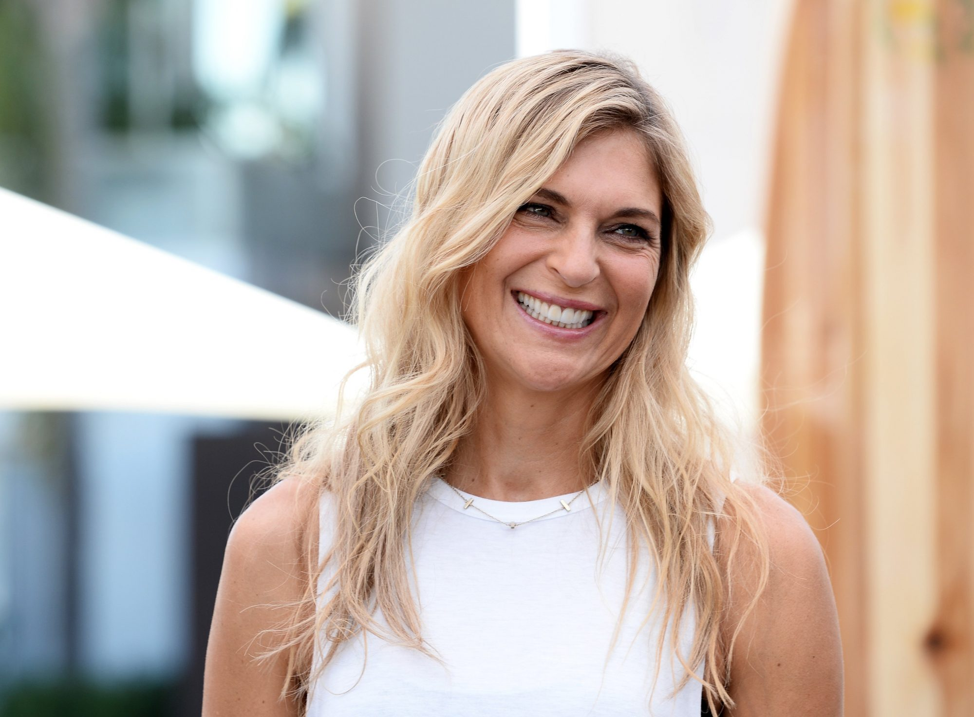 Fitness Icons Laird Hamilton And Gabby Reece Join Land Rover For North American Debut Of All New  Discovery SUV