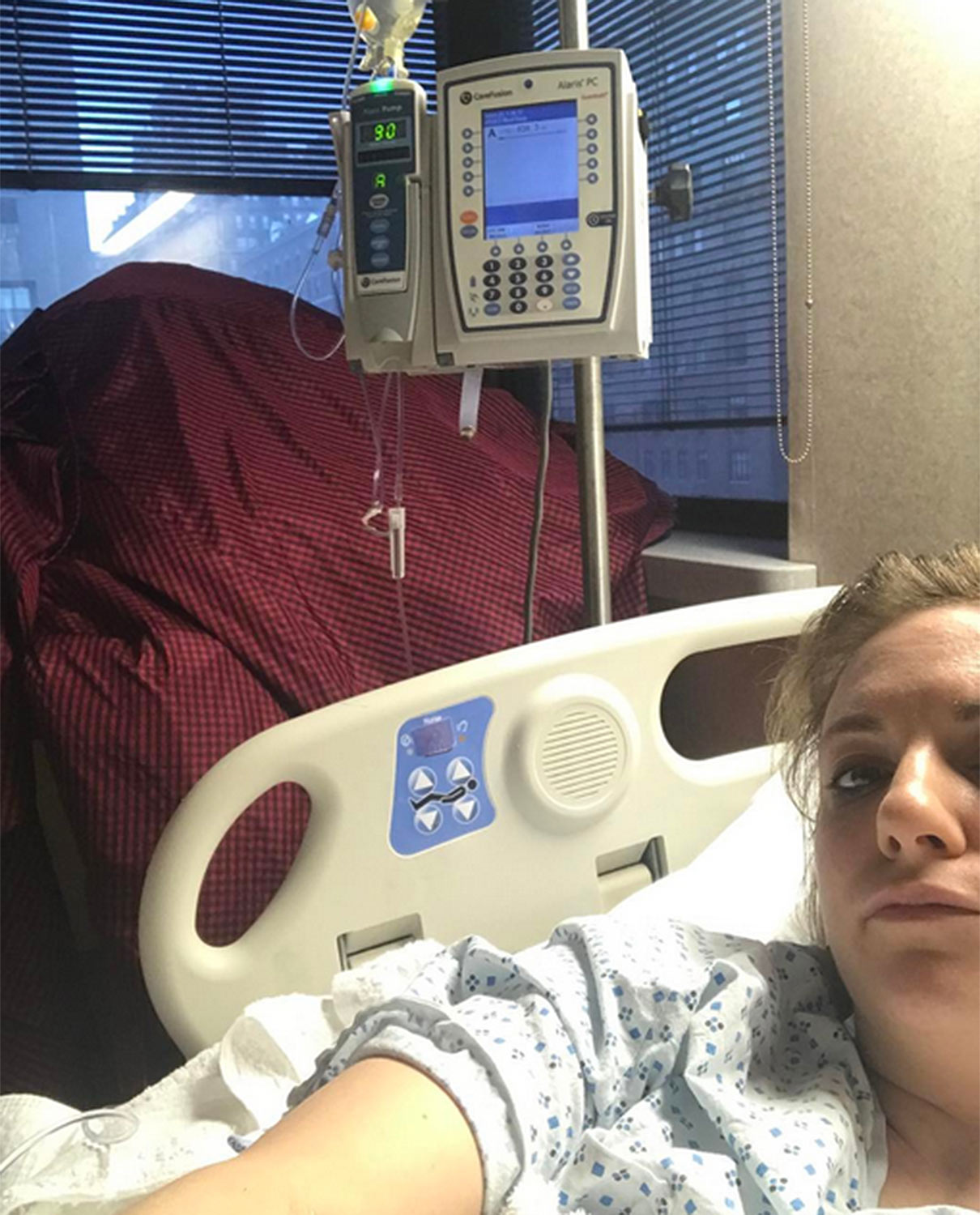 Lena Dunham Shares Photo from Her Hospital Bed After Endometriosis Complication: 'Thank You for All the Love'