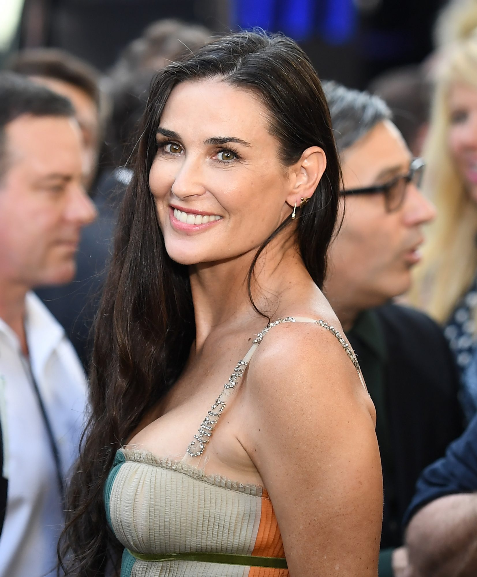 Demi Moore Is Missing Her Two Front Teeth