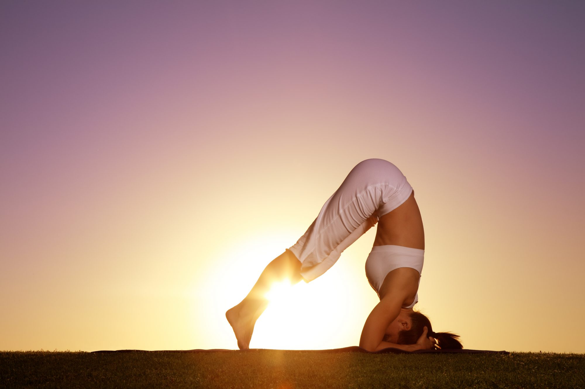 yoga-upsidedown-alleviate-thyroid-headstand