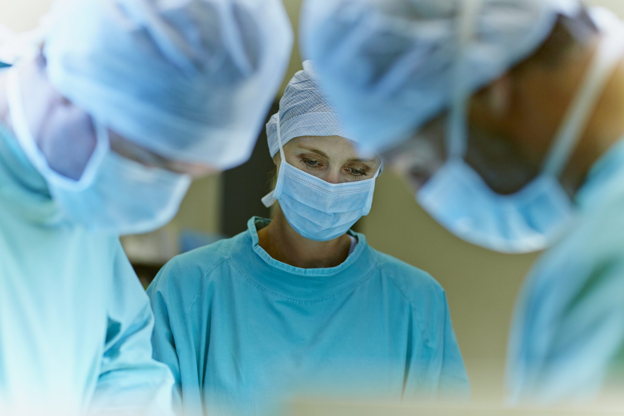 Myth: Exposing a tumor to air during surgery causes cancer to spread.
