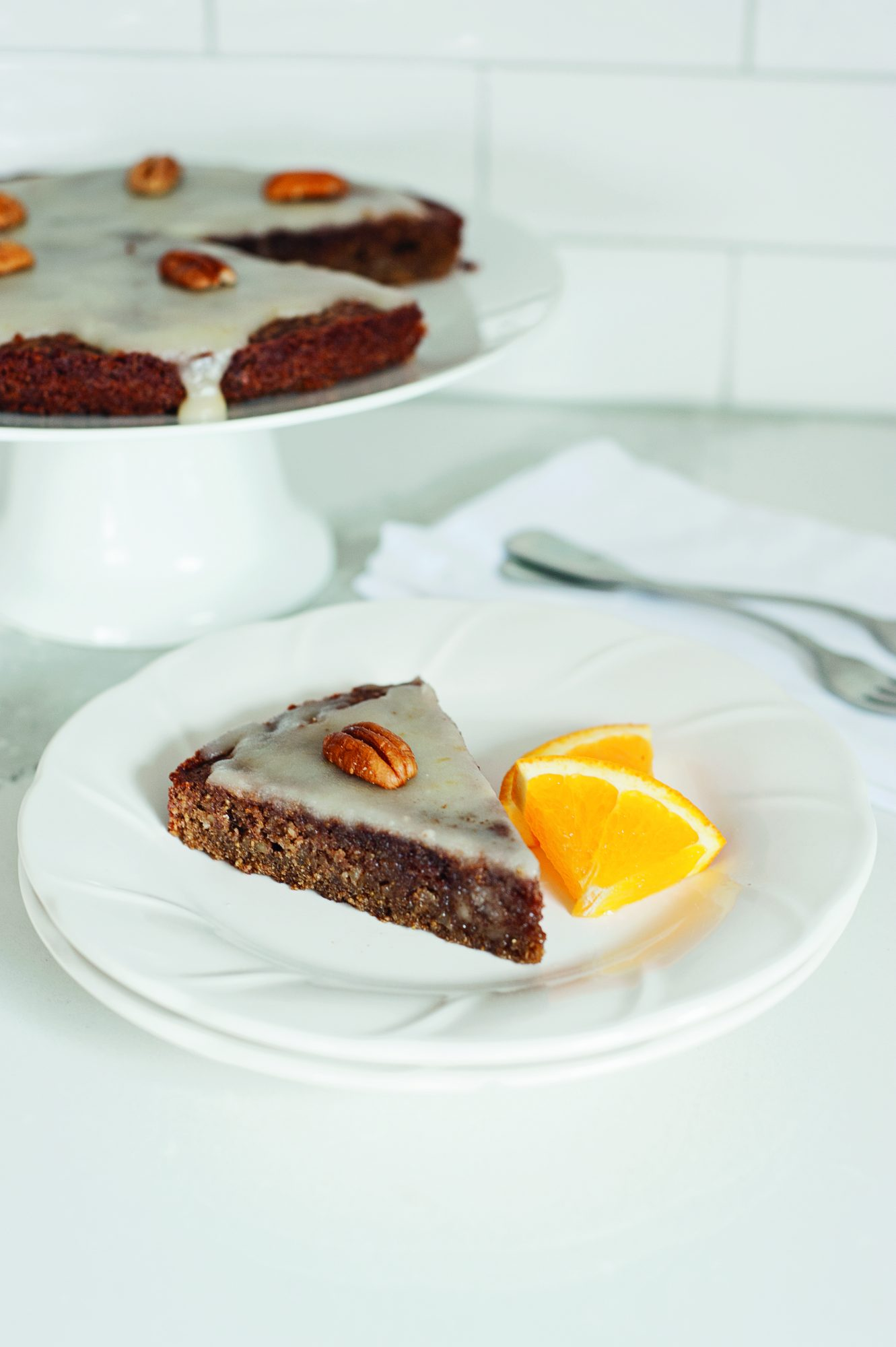 Low-FODMAP chocolate and orange cake