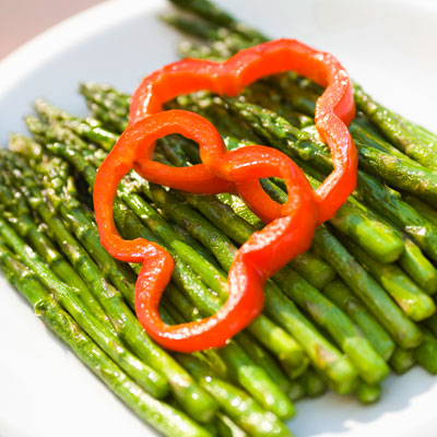 Gluten-free: Roasted Asparagus, Tomatoes, and Onions