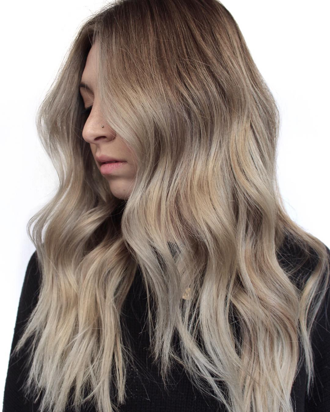 winter-hair-trends-melted-blonde