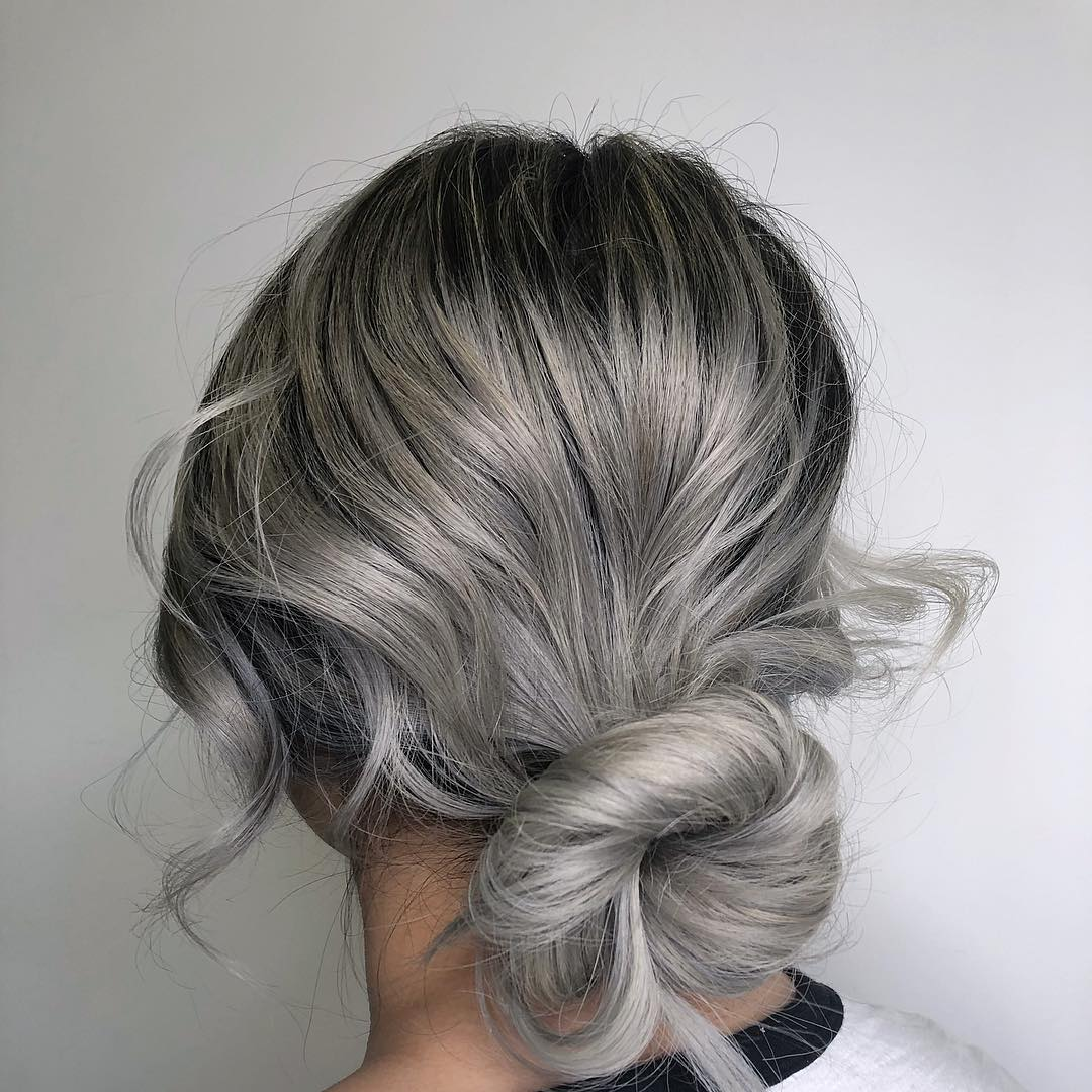 2019-hair-trends-ashy-silver