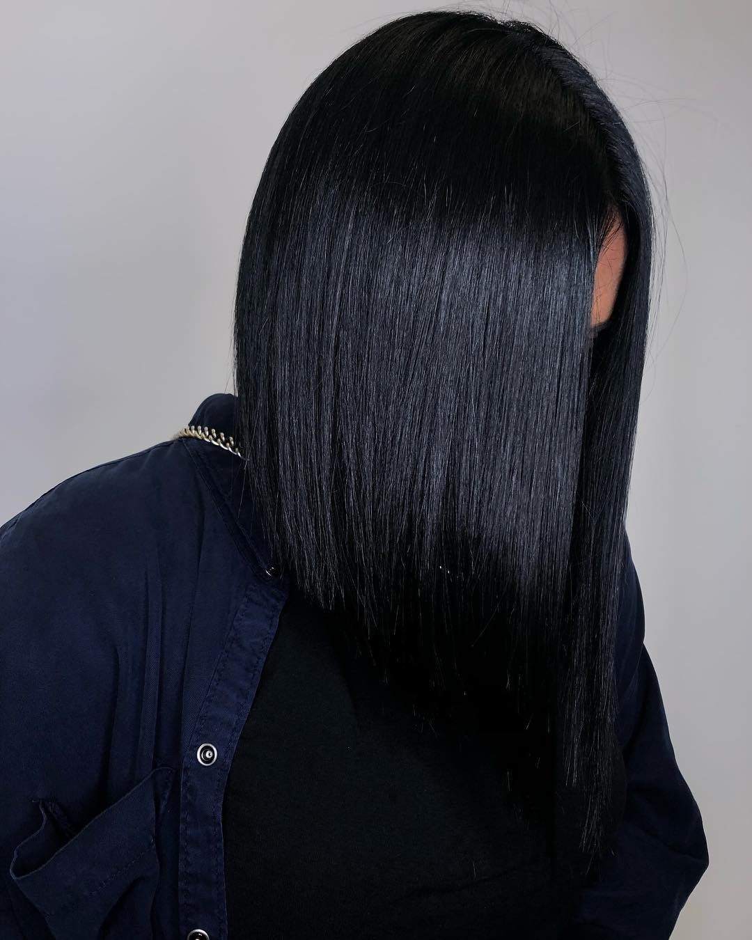 2019-hair-trends-jet-black