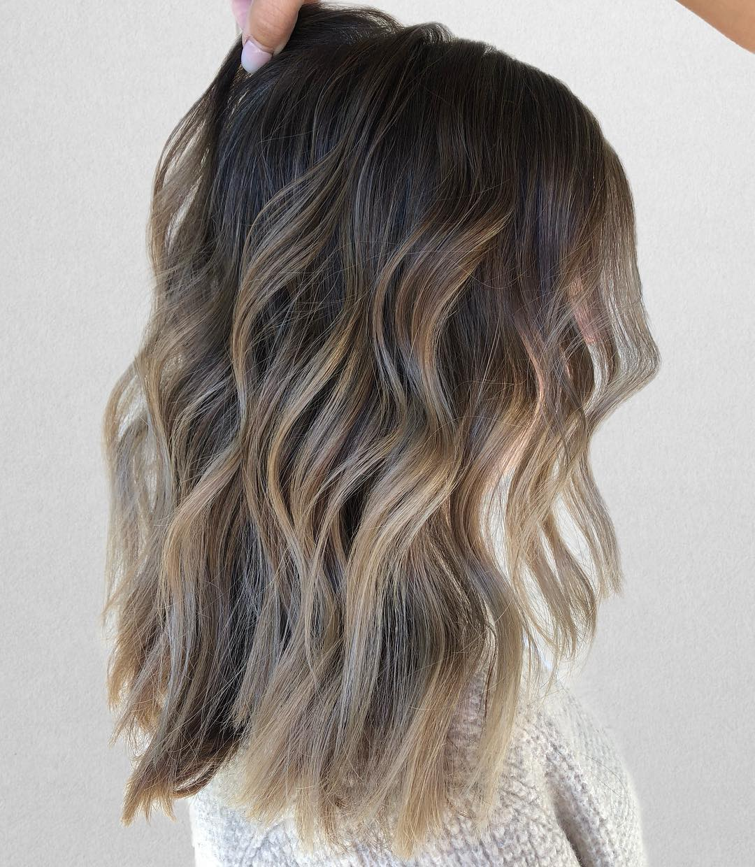 2019-hair-trends-mushroom-brown