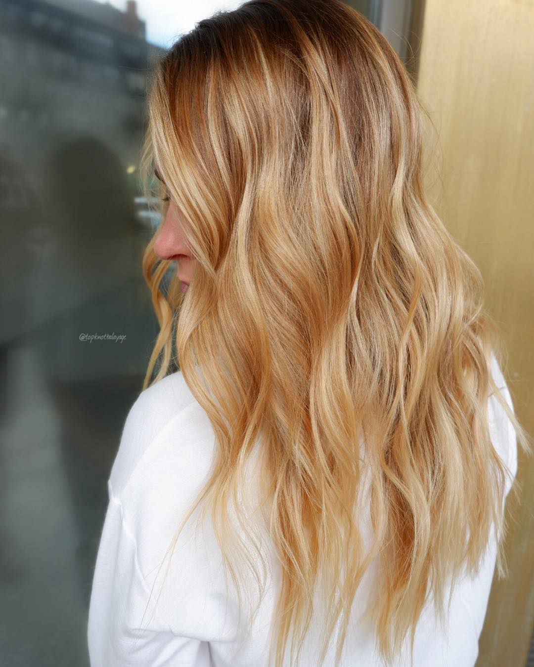 2019-hair-trends-strawberry-honey