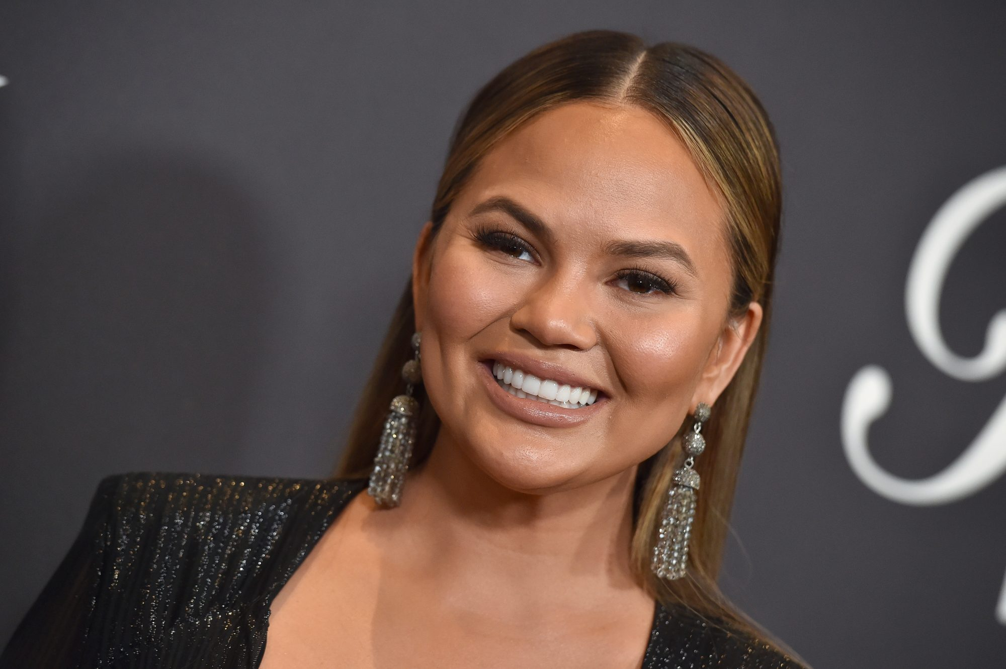 chrissy-teigen-gray-hair-gettyimages-908530710