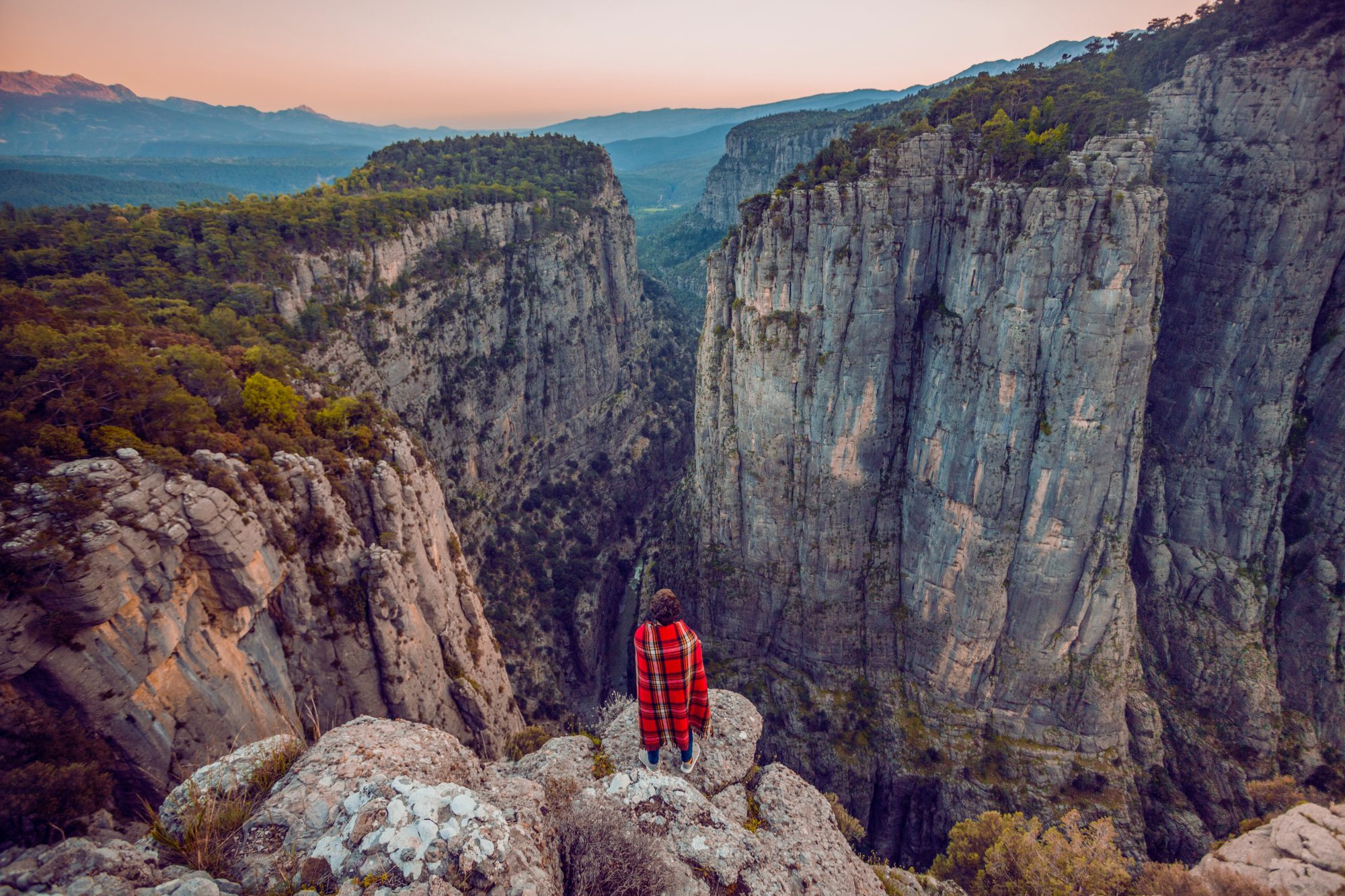 woman death grand-canyon tourism travel health wellbeing
