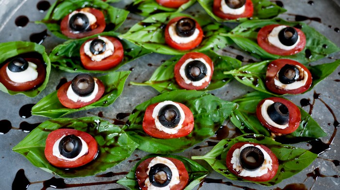 eyeball-caprese-salad