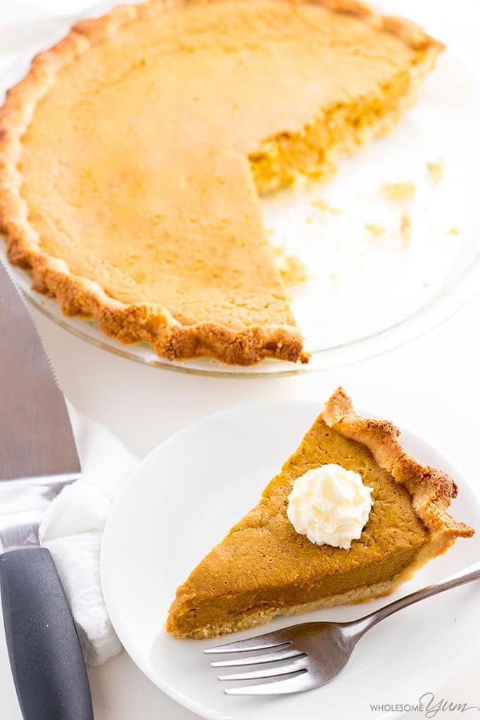 keto-pumpkin-pie-wholesomeyum