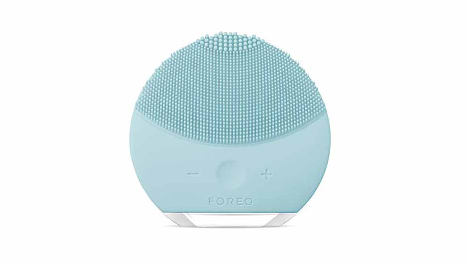 tech-gifts-foreo