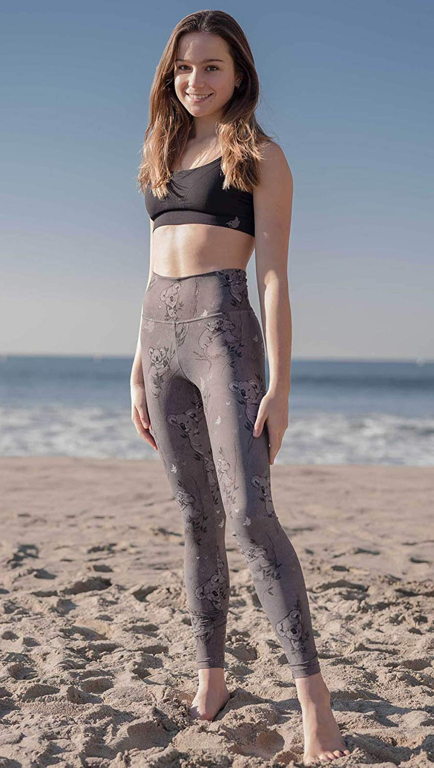 koala-leggings girl at the beach modeling leggings